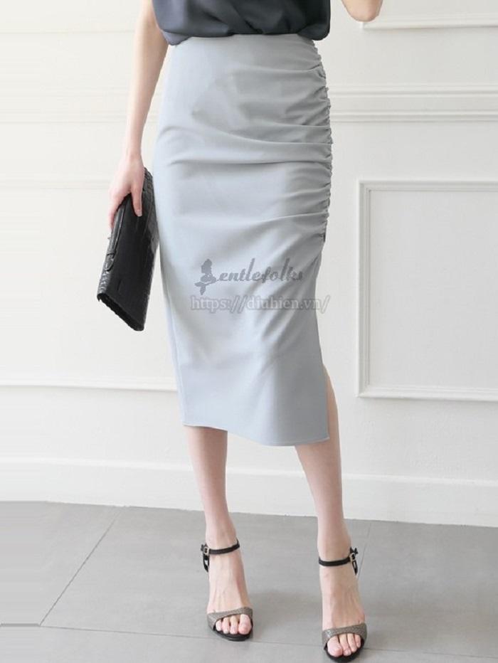 áo mặc với chân váy bút chì