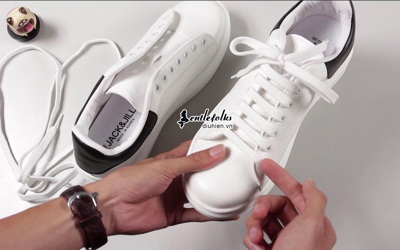 kiểu buộc giày ngang
