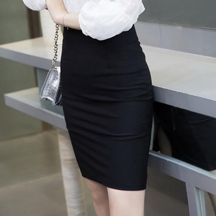 Gợi ý cách phối đồ, phụ kiện với chân váy công sở cao cấp