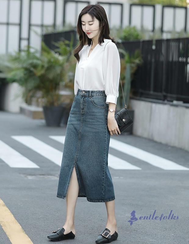 Cách mix chân váy jean với áo sơ mi dành cho các cô nàng công sở