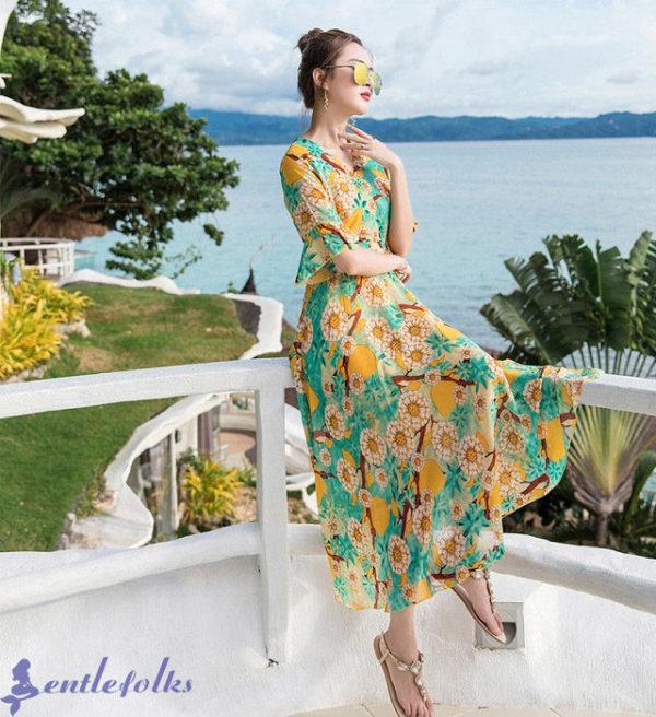 Mẫu váy maxi ngắn có tay phồng thích hợp cho đi du lịch biển